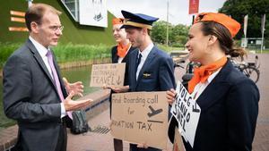 Espanya s'obre a gravar els vols amb impostos contra la crisi climàtica