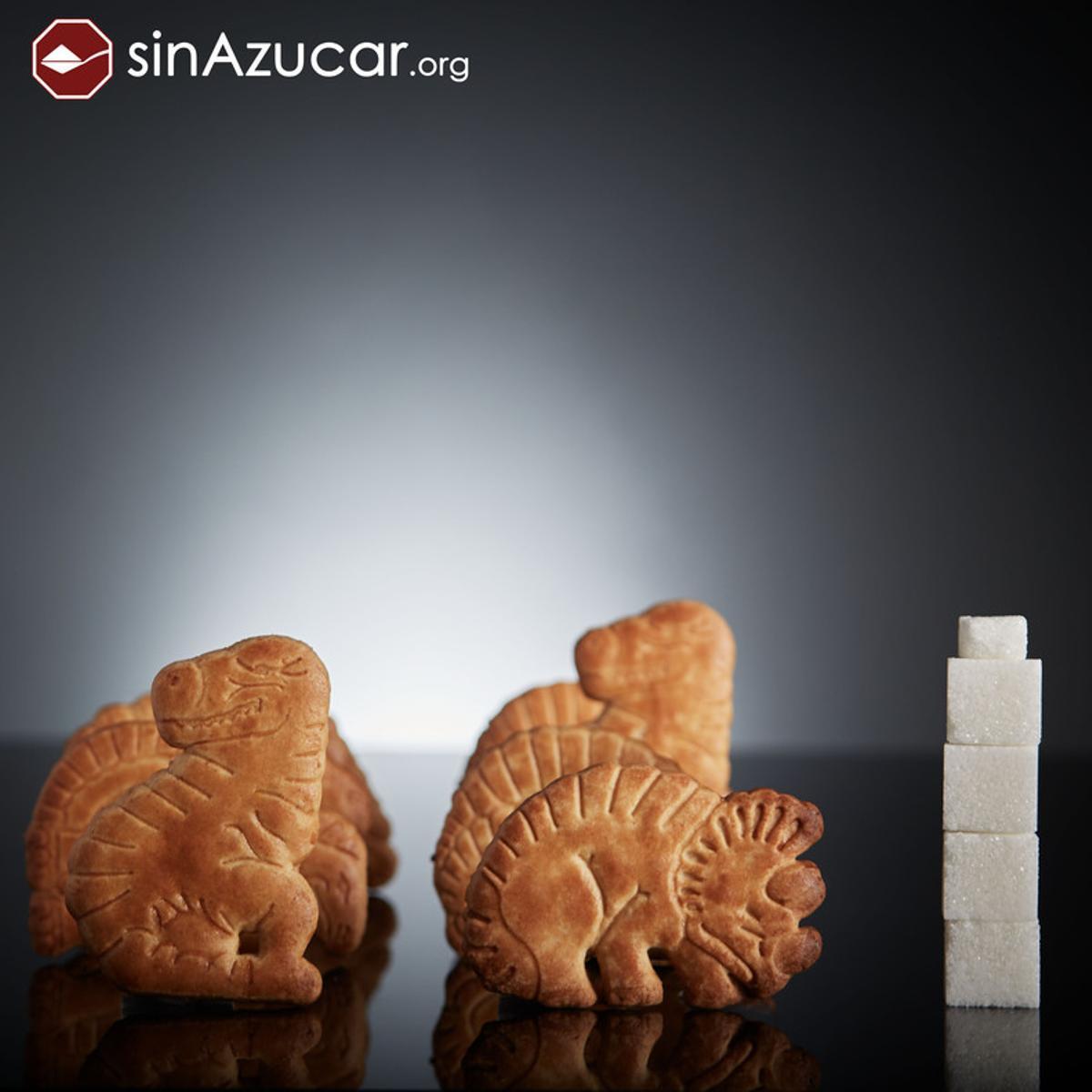 8 galletas Dinosaurus tienen 16,8 gr de azúcar, lo que equivale a 4,2 terrones.