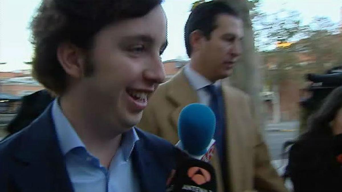 Tres anys de presó per al Petit Nicolás per fer-se passar per un alt càrrec