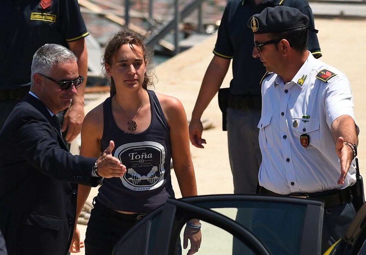 Carola Rackete, capitana del barcoSea Watch.