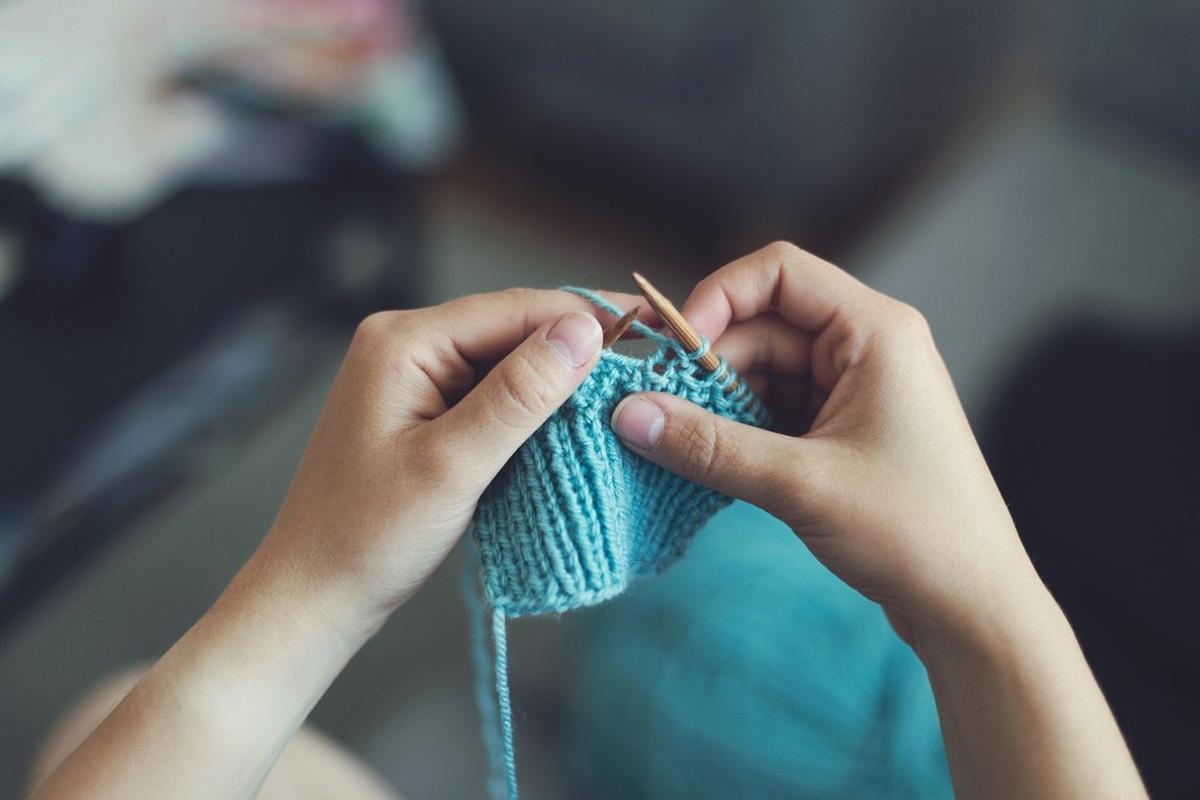 IAIOS, la startup que hace 'jerséis como los de antes' con hilo reciclado