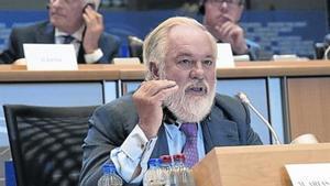 Miguel Arias Cañete, durante el examen sobre idoneidad como comisario en Bruselas, el pasado día 1 de octubre.