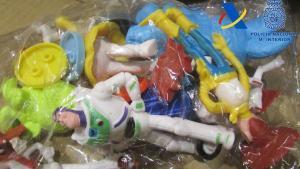 Intervingudes 65.000 joguines falsificades a Fuenlabrada
