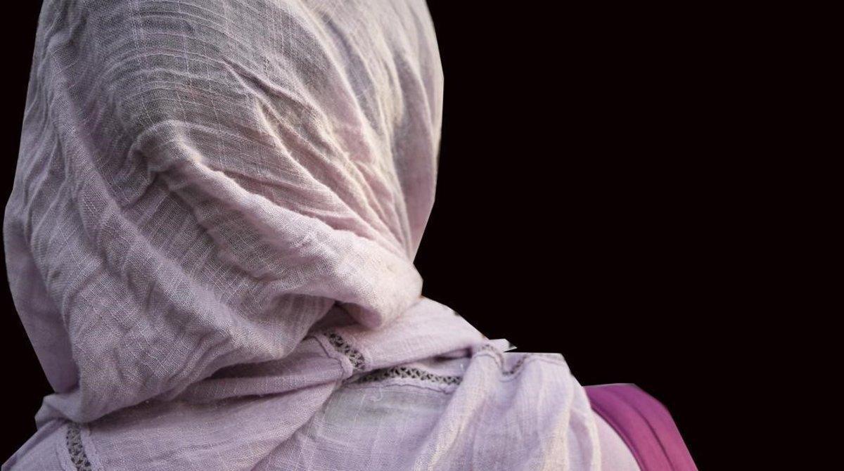 Una alumna con hiyab.