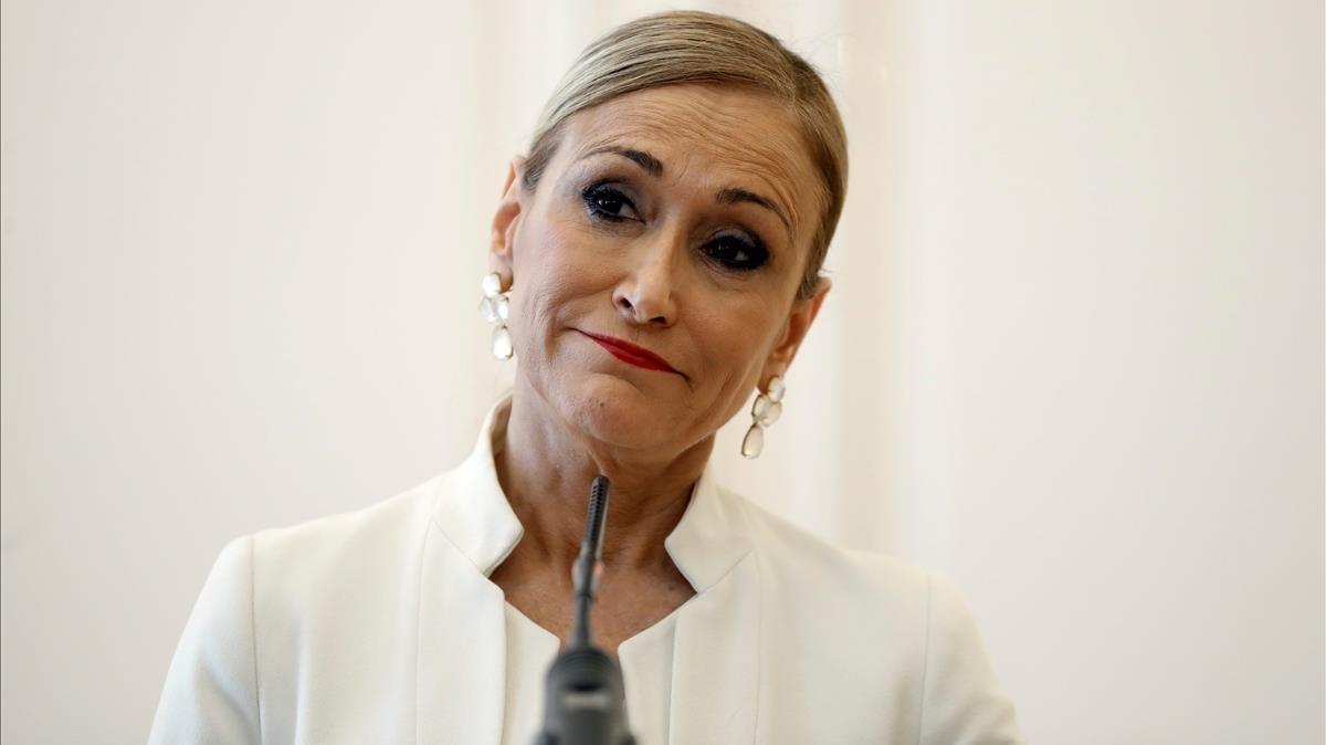 Cristina Cifuentes, durante la rueda de prensaen la que anunció su dimisión.