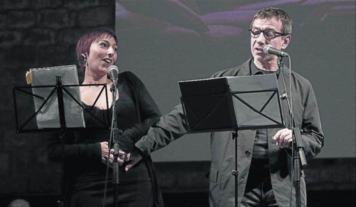 Monia Presta (Ingrid) y Jordi Boixaderas (Salvo Montalbano), ayer en La Capella.