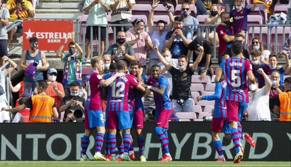 El Barça celebra el gol de Memphis ante el Getafe
