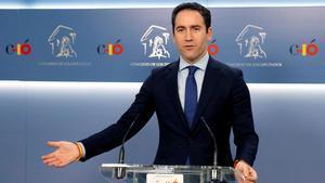 """El PP adverteix que """"dificultarà"""" la investidura de Sánchez"""