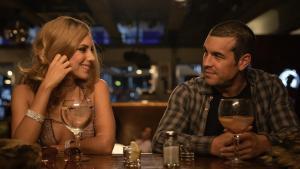 Aura Garrido y Mario Casas, en 'El inocente'.