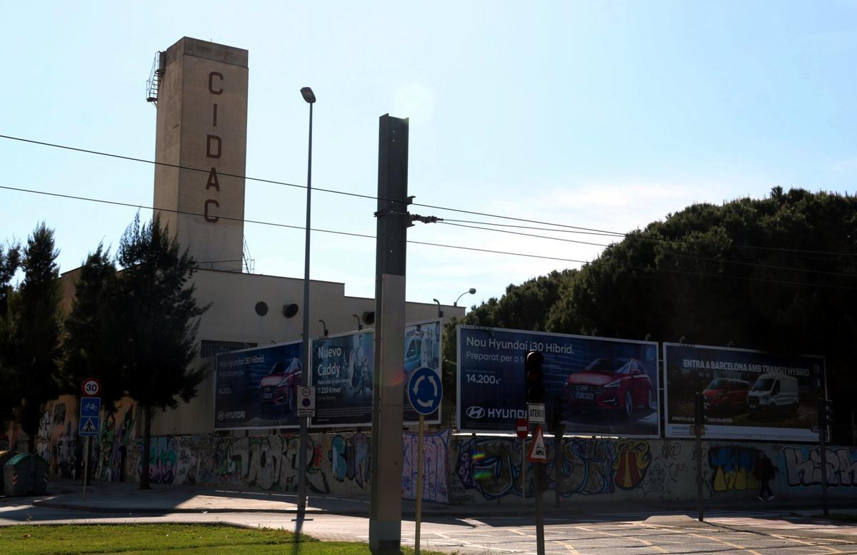 Imagen del exterior de la empresa CIDAC de Cornellà de Llobregat