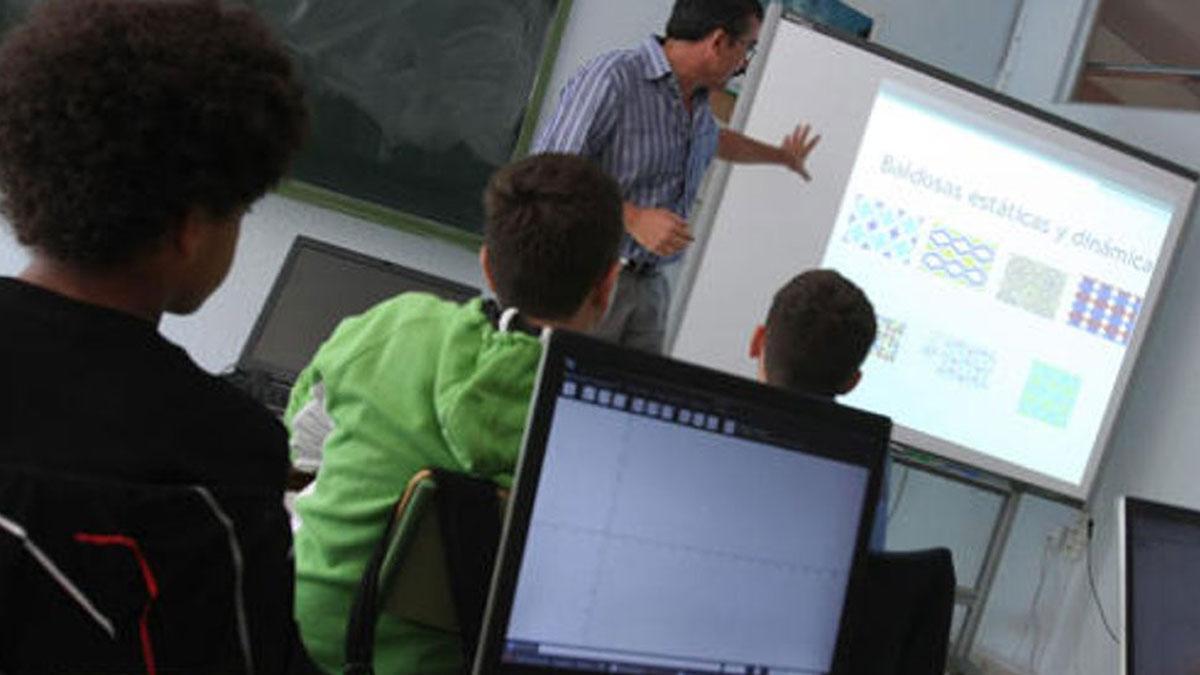 Embolic en el concurs de trasllats amb els docents valencians a Catalunya