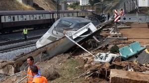 Accidente del tren Alvia en Angrois, en julio del 2013.