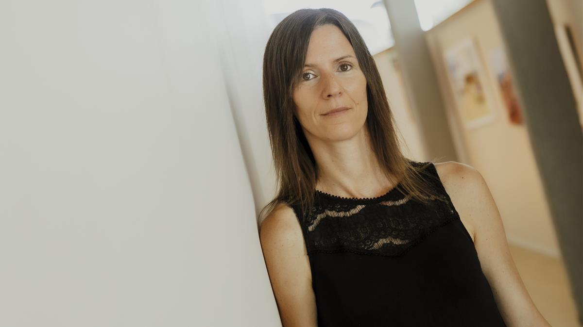 La autora Laia Fàbregas, que publica 'No escriuré la teva historia'.