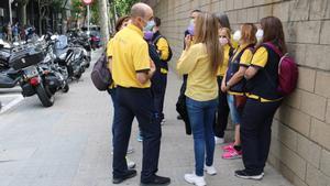 Conclou sense acord la tercera reunió entre els treballadors de Correus de Sabadell i l'empresa
