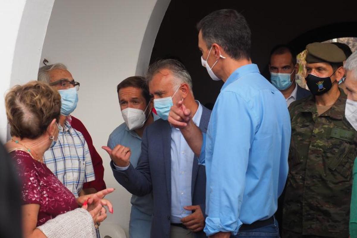 Sánchez cancel·la la major part de la seva agenda a Nova York per l'erupció a La Palma