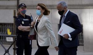 María Dolores de Cospedal a la llegada a la Audiencia Nacional, donde declara sobre el caso Kitchen.