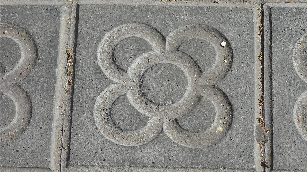 Las aceras de Barcelona tienen historia