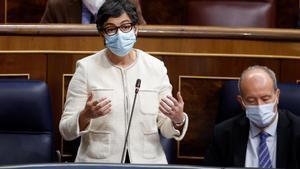 Arancha González Laya dice que la irresponsabilidad de Madrid ha perjudicado a España en el Reino Unido.