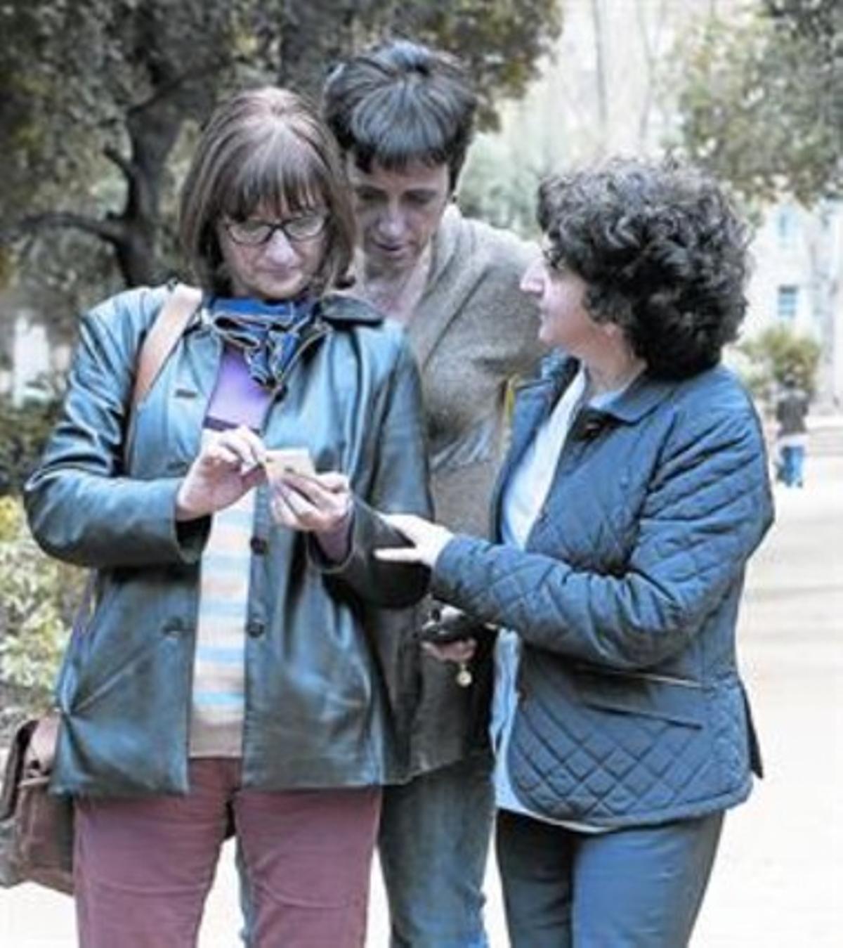 APOYO FEMENINO.Domènech, Grau y la doctora Muñoz (de izquierda a derecha).