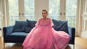 'Spoiler'.El vestido rosa de la sicaria Villanelle de 'Killing Eve' anticipó la fiesta delvolumen que confirma JW Anderson.