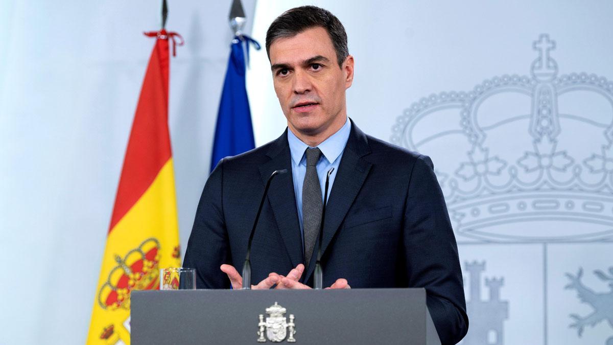 Pedro Sánchez paraliza la actividad económica no esencial.