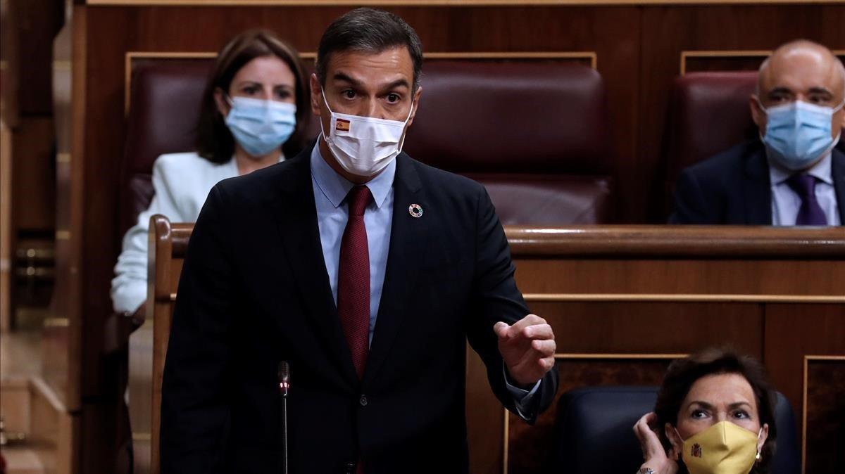 El presidente del Gobierno, Pedro Sánchez, durante su intervención en la sesión de control al Gobierno.