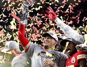 Patrick Mahomes celebra la conquista de la Super Bowl con los Kansas City Chiefs.