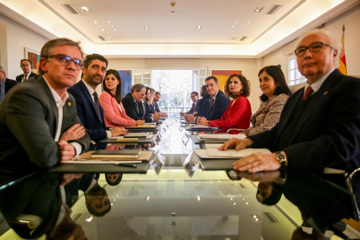 Primera reunión de la Mesa de Diálogo entre el Gobierno y la Generalitat, en febrero de 2020