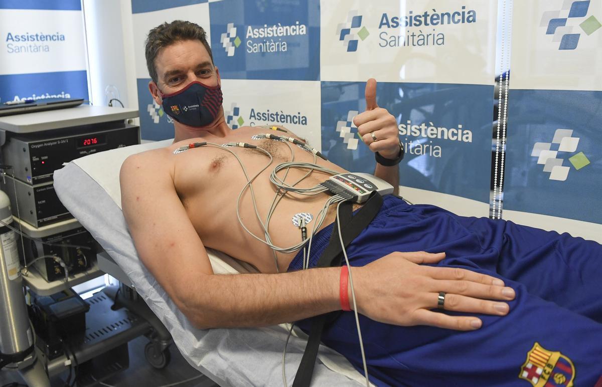 Pau Gasol, en un momento de la revisión médica que ha realizado esta mañana