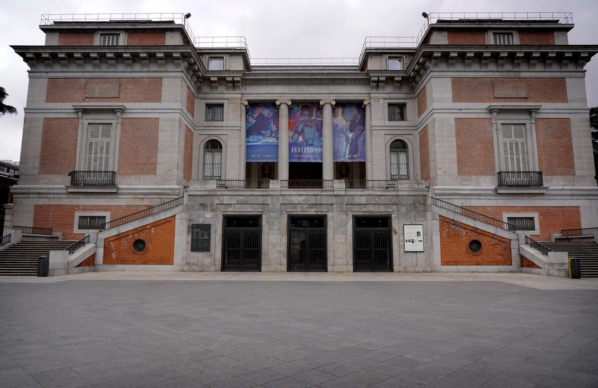 Museo del Prado vacío, poco después de declararse el estado de alarma.