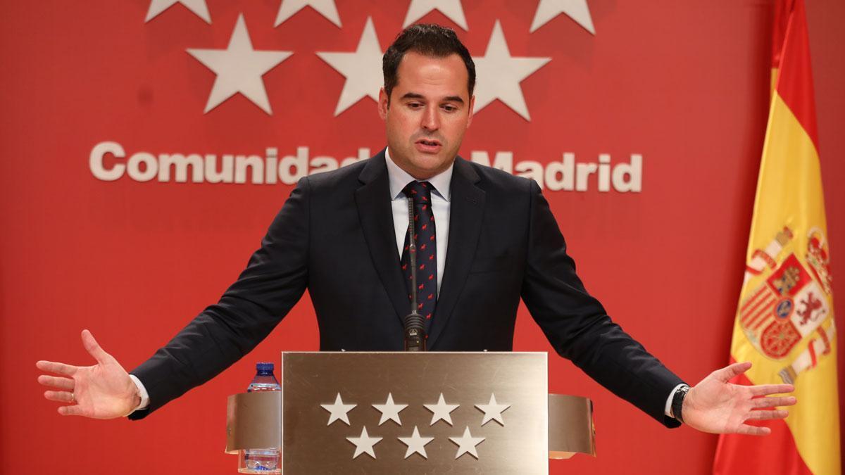 Madrid quiere que el cierre en el Puente de la Constitución sea el último. Así lo ha explicado Ignacio Aguado.