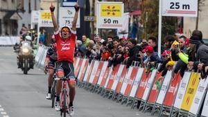 Jarlinson Pantano entra victorioso en Vielha, quinta meta de la Volta 2018.