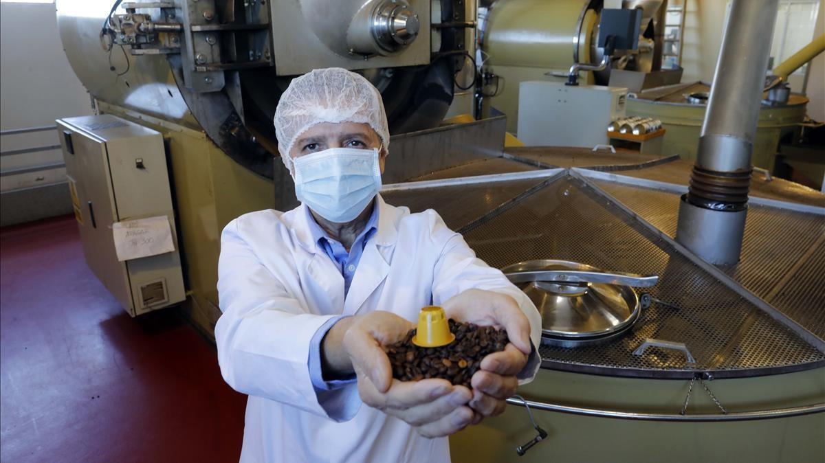 SUPLEMENTO ACTIVOS ECONOMIA   MERCANTIL  JUAN GORDILLO DIRECTOR COMERCIAL DE COFFEE PRODUCTIONS  ANTIGUA CAFES BAHIA