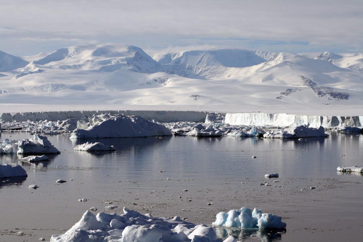 Deshielo en la Antártida, foto de archivo