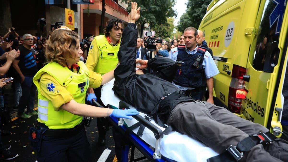2 niños y 23 mayores de 79 años, entre los 1.066 heridos el 1-O