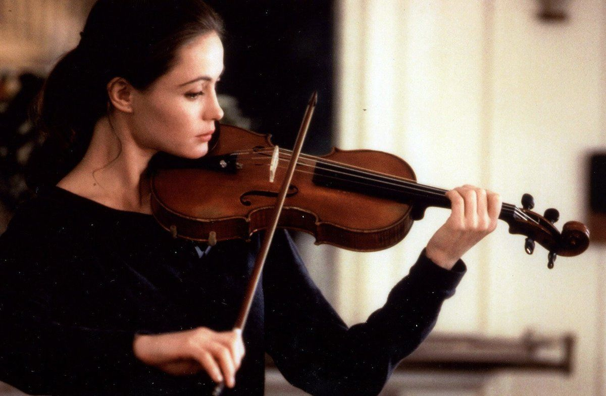Emmanuelle Béart interpreta a una violinista en 'Un corazón en invierno'.