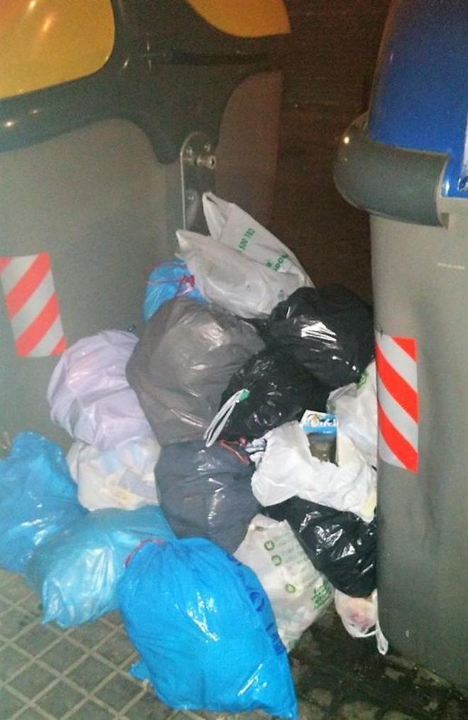 La recogida de basura es uno de los aspectos peor valorados en Badalona, según Osur.