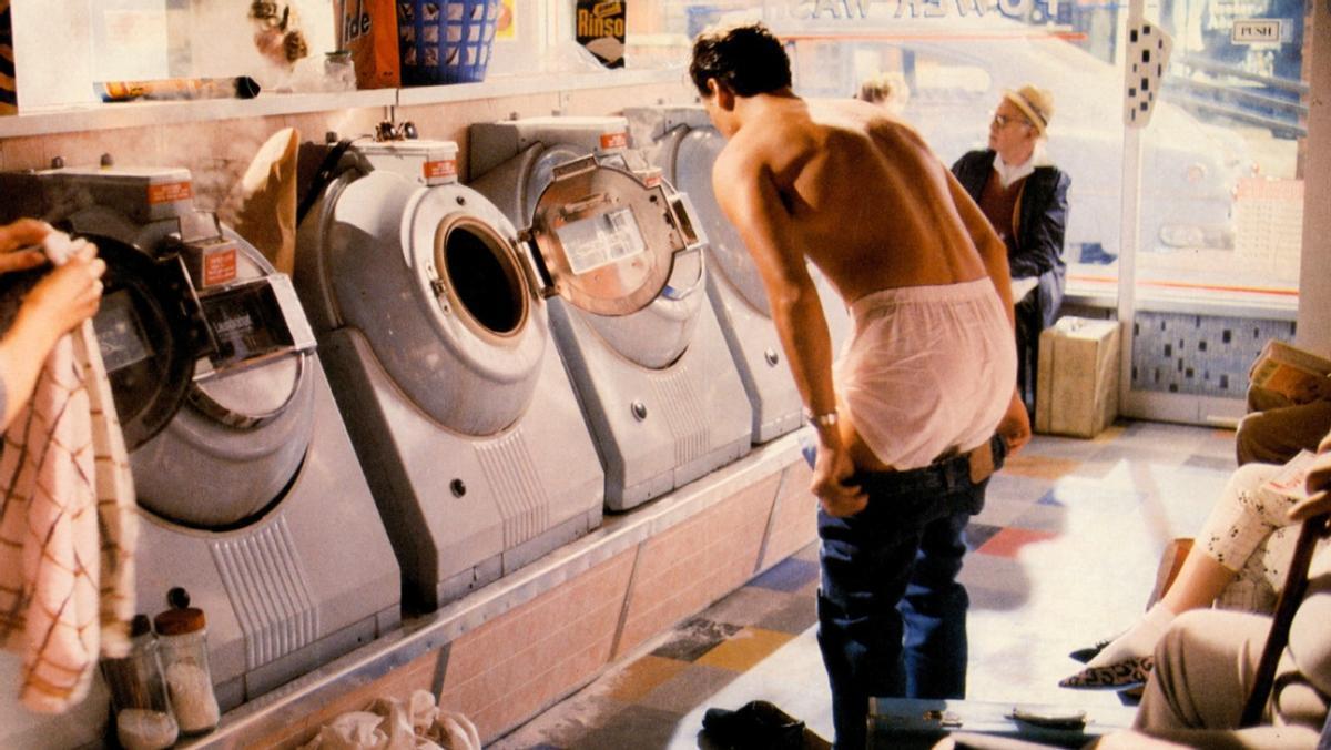 Nick Kamen, en el anuncio de Levi's que le lanzó al estrellato.