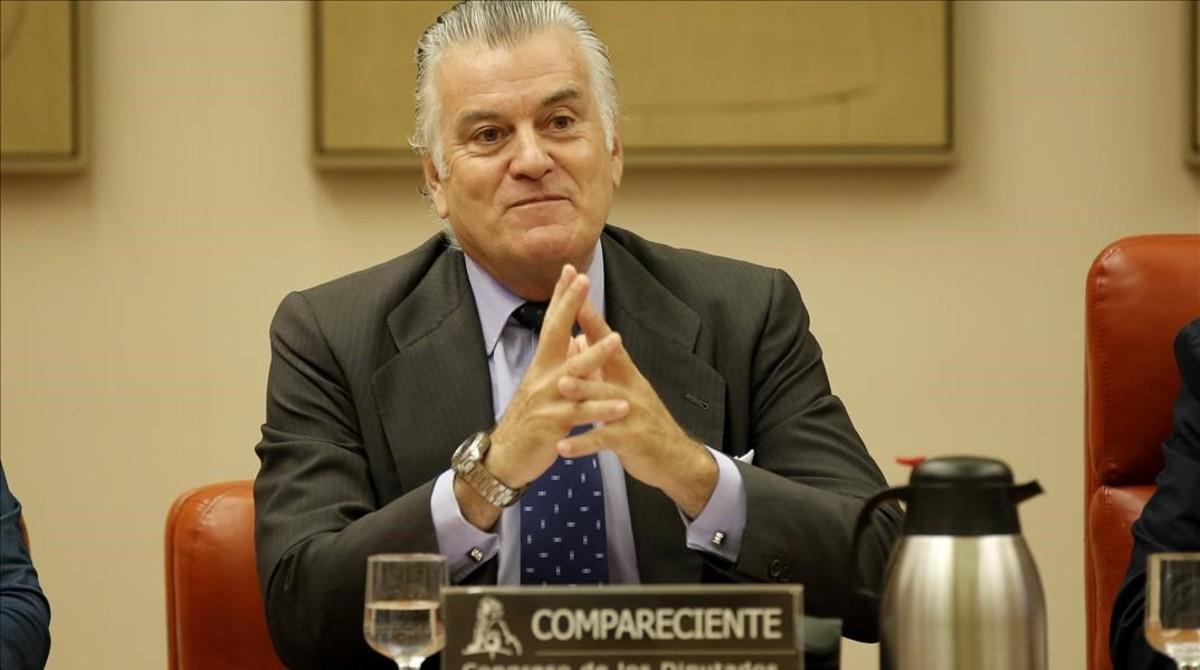 Luis Bárcenas, en su comparecencia ante la comisión que investiga la caja b del PP en el Congreso.