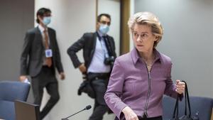 La presidenta de la Comisión Europea,Ursula von der Leyen, llega hoy a la cumbre del Consejo Europeo.