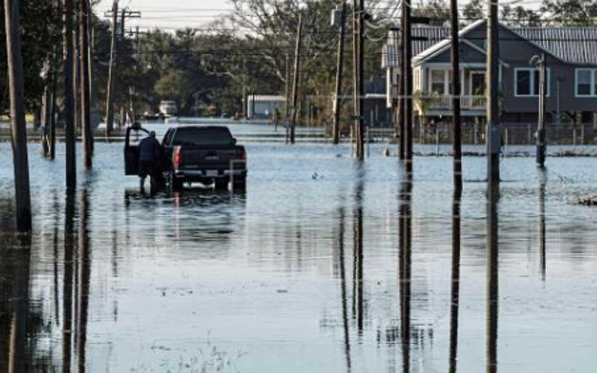 La tormenta tropical Claudette está provocando daños en todo el suroeste de EE UU.