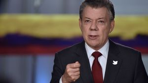 Colombia's President Juan Manuel Santos speaks during a presidential address in Bogota, Colombia, November 22, 2016.          Colombian Presidency /Handout via Reuters. ATTENTION EDITORS - THIS IMAGE WAS PROVIDED BY A THIRD PARTY. EDITORIAL USE ONLY.