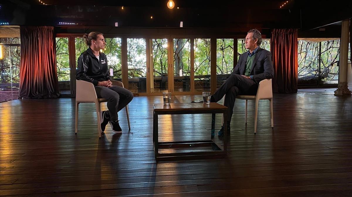 Griezmann charla con Valdano en Movistar +.