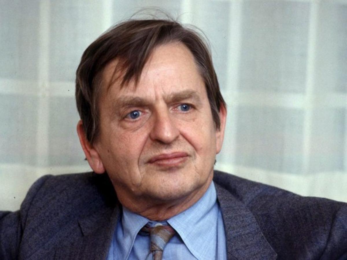 Foto de archivo fechada en 1985 en Estocolmo que muestra al primer ministro de Suecia Olof Palme.