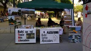 La ciudadanía de Rubí se movilizará este viernes en contra de la apertura del vertedero de Can Balasc, una protesta convocada por laplataforma Rubí Sense Abocadors.