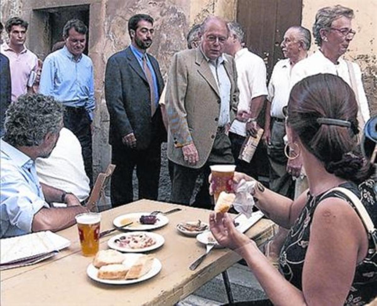 Imágenes de Jordi Pujol, recibiendo el calor popular entre 1997 y el 2010