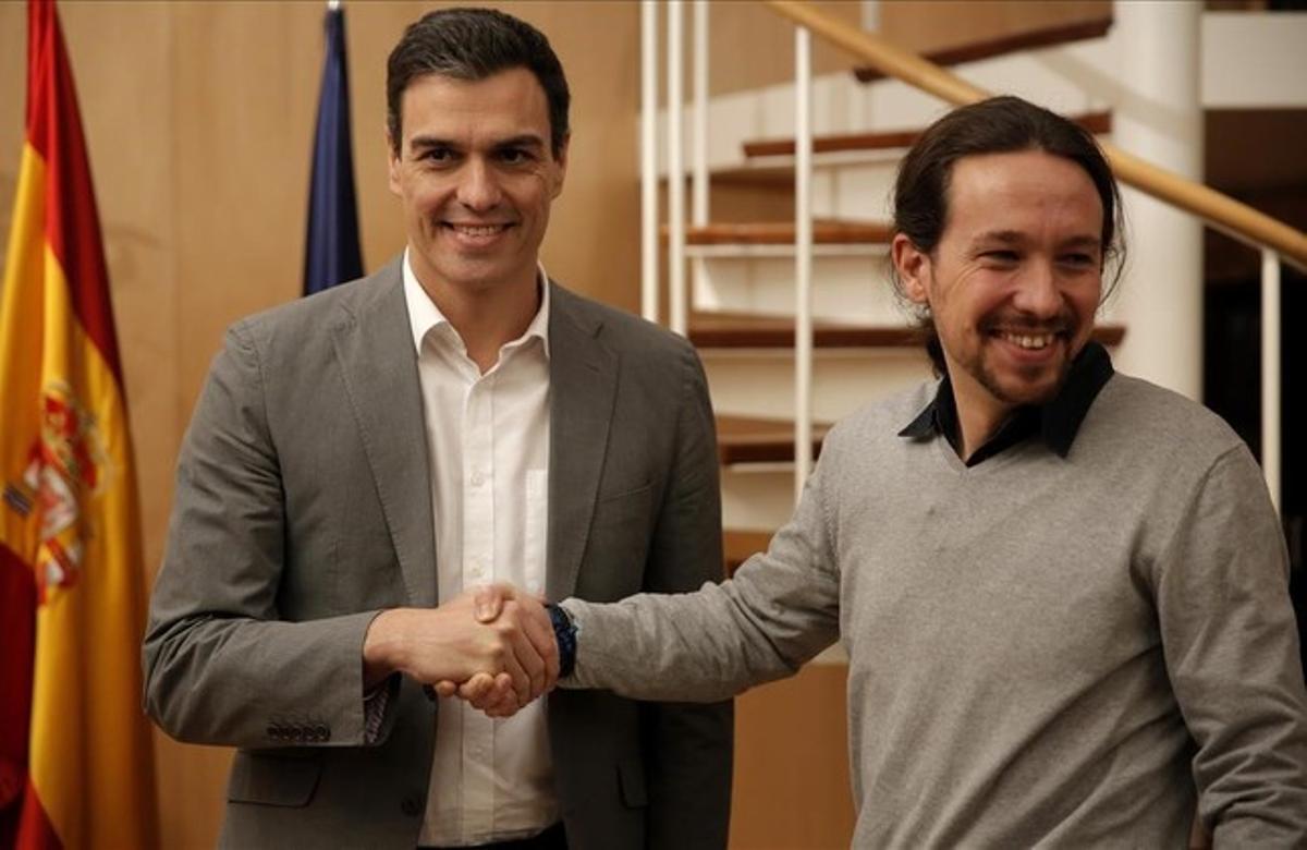 Pedro Sánchez con Pablo Iglesias, el día de su reunión.