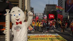 L'ombra de l''impeachment' sotja Bolsonaro per la gestió de la pandèmia