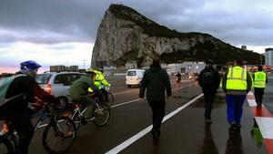 "L'Eurocambra cedeix i accepta definir Gibraltar com a ""colònia"""