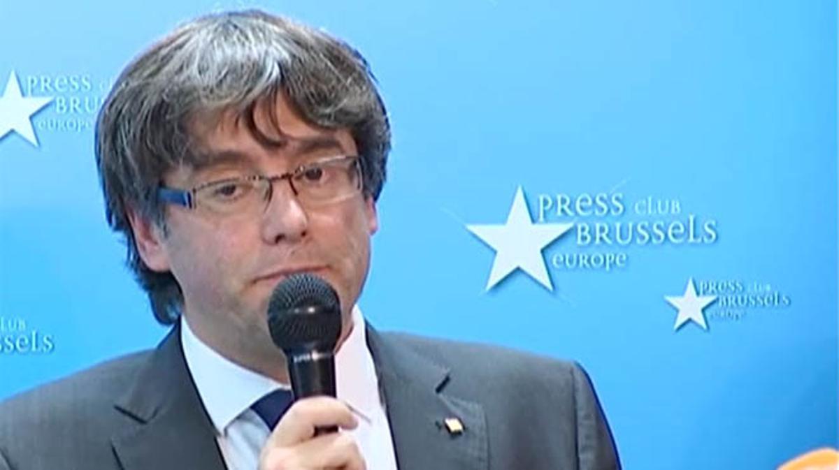 Puigdemont acata las elecciones del 21-D y descarta pedir asilo en Bélgica